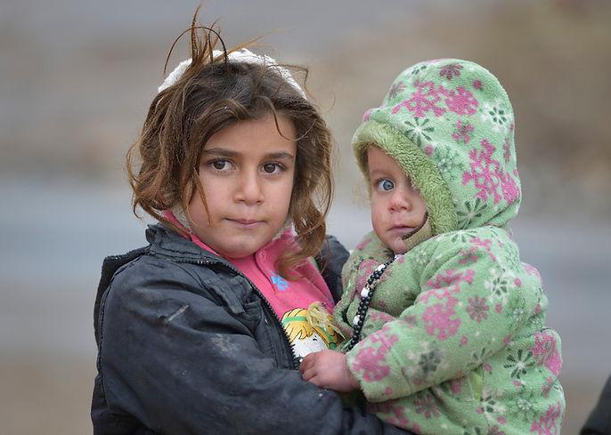 iraq-children-donate-3