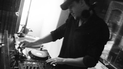 Ziggy Phunk DJ