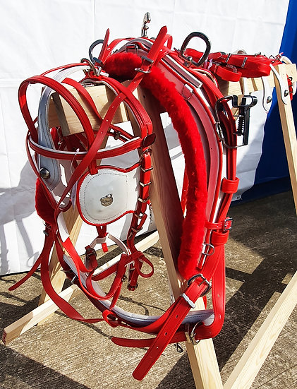 STRONG BIOTHANE QUICK HITCH DRIVING HARNESS RED AND WHITE