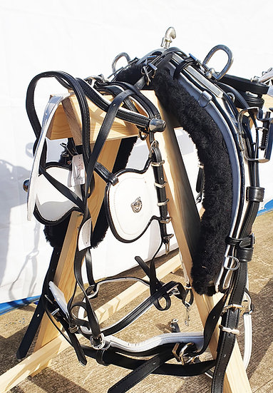 STRONG BIOTHANE QUICK HITCH DRIVING HARNESS BLACK AND WHITE