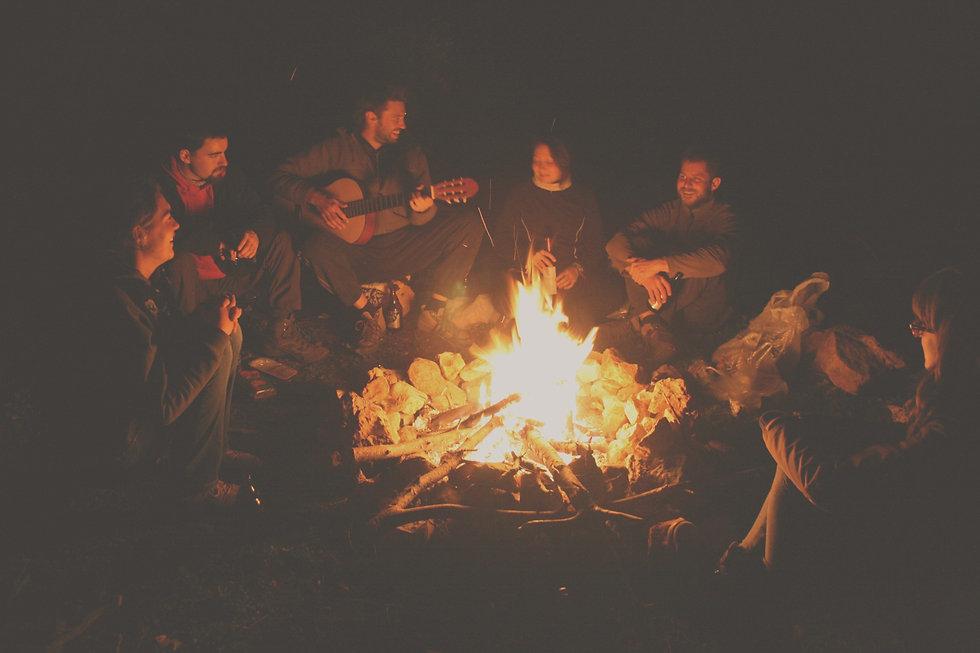 Family-Campfires_edited_edited.jpg