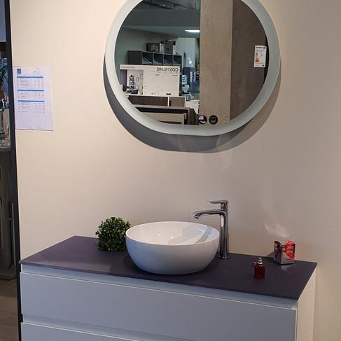 Ensemble HALO 120cm Blanc brillant poignée intégrée Miroir + meuble + vasque synthèse - 1325,29€ttc