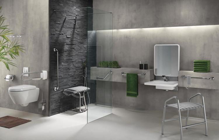 Barre de maintien, siège de douche et support lavabo