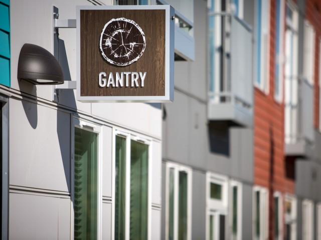 Gantry.jpg