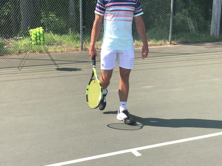 Forehand: Face the Butt Cap to the Ball