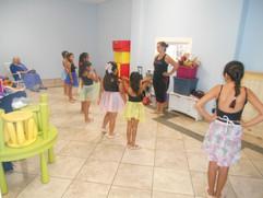 Casa De Luz Ballet Class