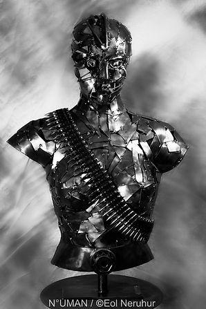 human sculptures,n-uman