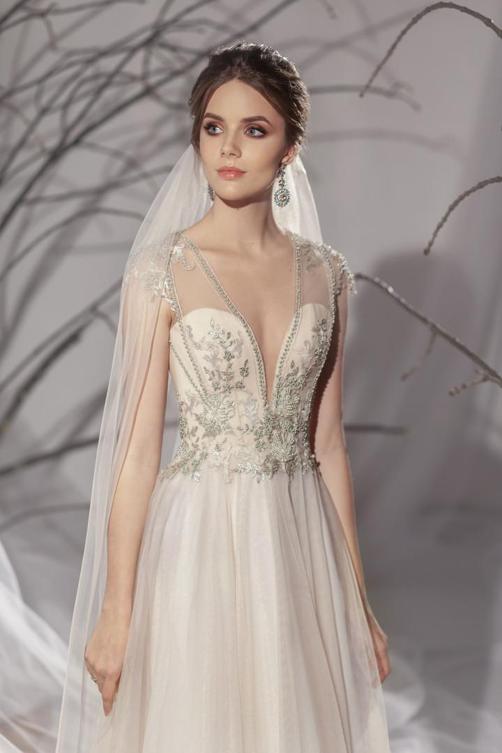 Zlata #1922 Lezardi by Your Bridal Look