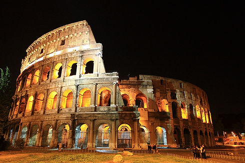 the-colosseum-2182371_1920.jpg