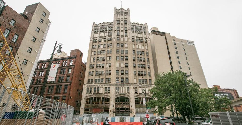 Metropolitan Building - Element Detroit