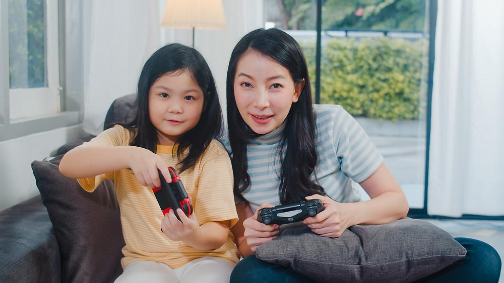 玩遊戲學好中文