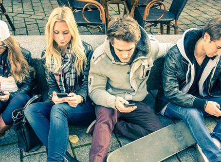 Generación Z: la nueva ola de jóvenes autodidactas que desplaza a los Millenials