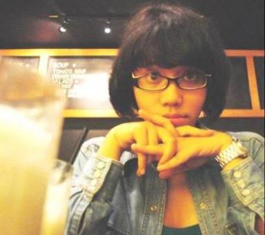 Una redactora Indonesia murió mientras cumplía agotadoras jornadas de trabajo
