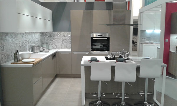 Showroom cuisine, conseils de tendances Pascaline Bossu, Leroy Merlin Grèce