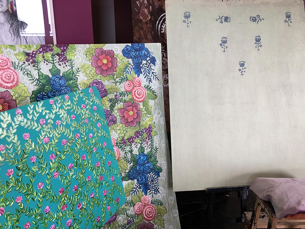 Atelier, motifs floraux