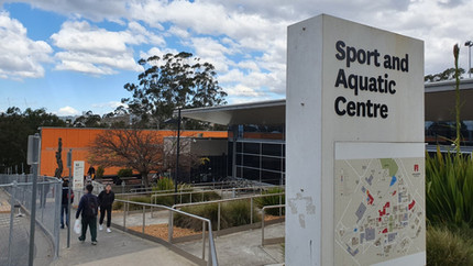 Área da academia, quadras e centro aquático.