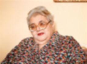 Ileana Espinel, poeta guayaquileña, ícono del festival de poesía de Guayaquil - Ecuador.