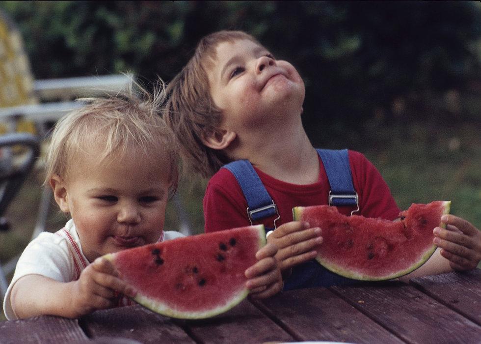 44_Osborn_ Two kids.jpg