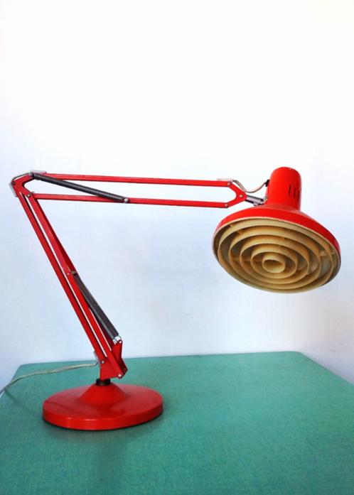 lampe d 39 architecte ledu benibroc vente en ligne de mobilier et d 39 objets vintage. Black Bedroom Furniture Sets. Home Design Ideas