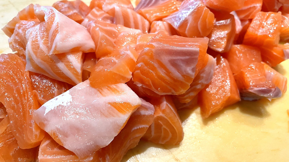 Fresh Atlantic Salmon (Cube, Butsugiri)