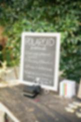 polaroid-wedding-guest-book-idea.jpg