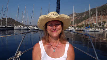 Aannsha's Blog #149 – Banditos in Kaş and boat jobs