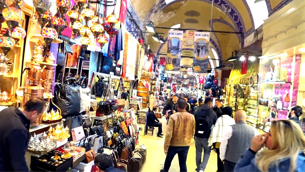 Colour and bustle at Grand Bazaar