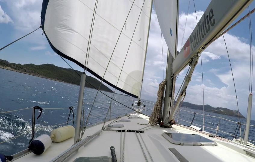 Sails out 1