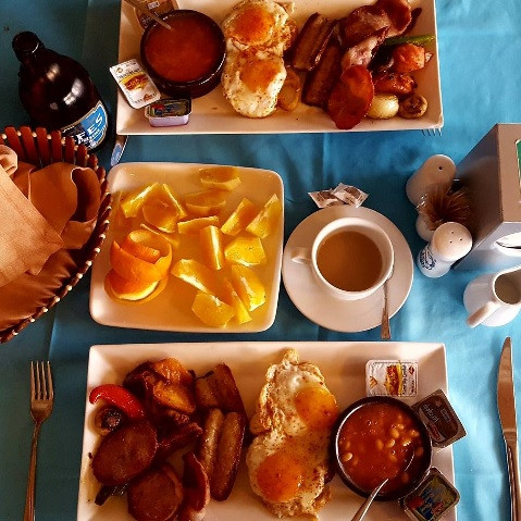 Full English breakfast at Smiley's restaurant for Christmas day