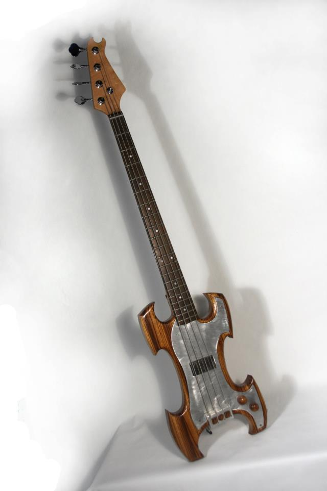 genome electric bass guitar