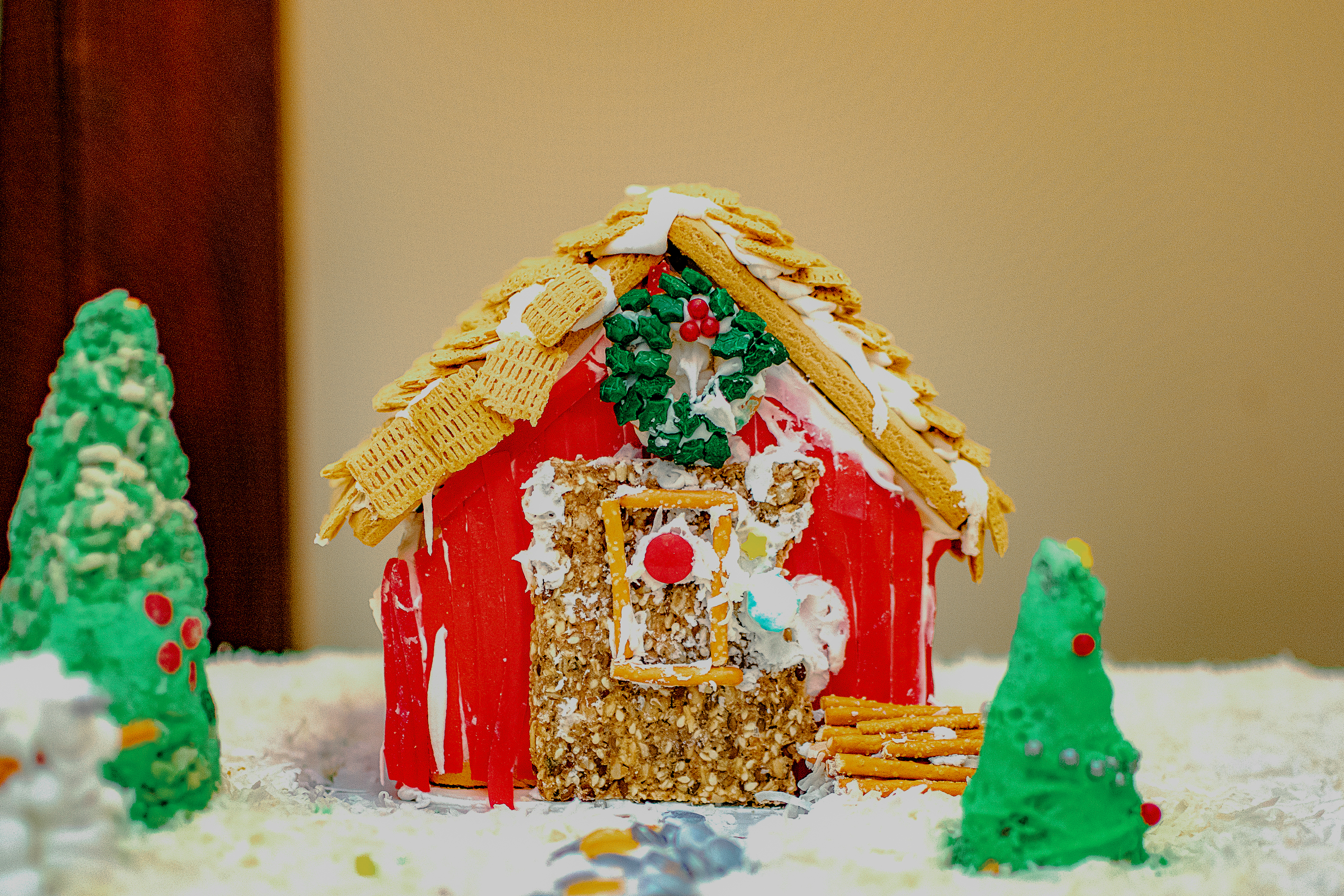 Gingerbread-House-Comp_MSH_December 05,