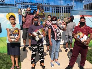 Movimento SOS Vila Torres promove entrega de mais mil cestas básicas