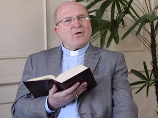 'Sagrada Escritura e Catequese' é tema de novo vídeo do Canal Catequese Curitiba