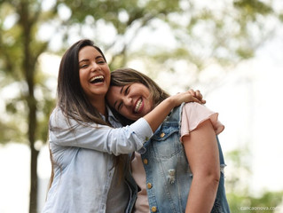 Os amigos nos devolvem a alegria de viver