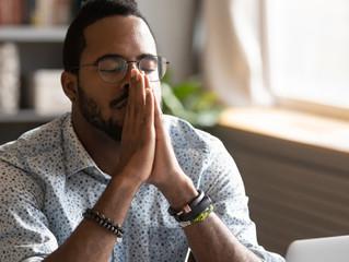 Por que é tão importante rezar pelos nossos inimigos?