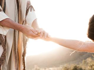 A humildade até pode ser considerada fraqueza, porém, diante de Deus, não!
