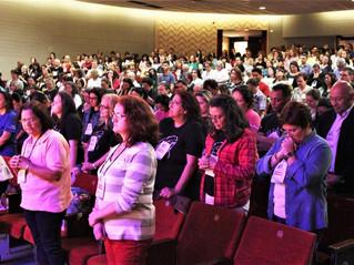 """X Seminário da Catequese de Curitiba reuniu 570 pessoas para reflexões sobre """"Catequese e Liturgia"""""""