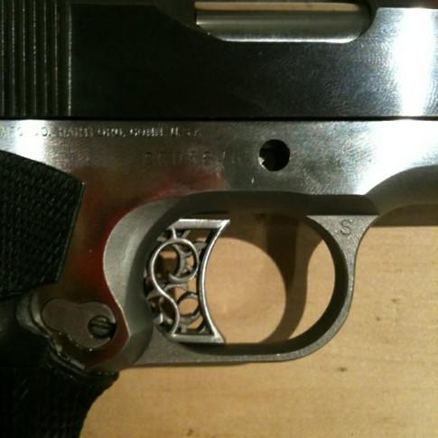Custom_1911 trigger1.jpg