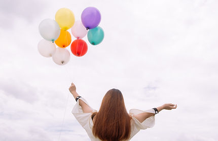 balloons-colorful-daylight-887824.jpg