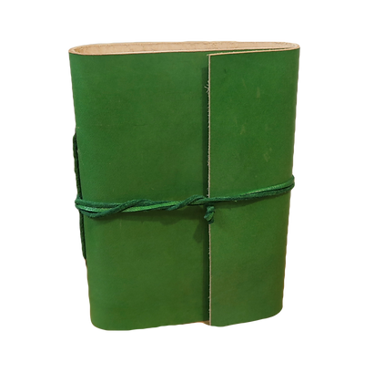 Slim Journal in green leather with approx. 40 pages