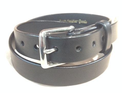 "1 1/4"" wide black saddle leather & S/Steel buckle"