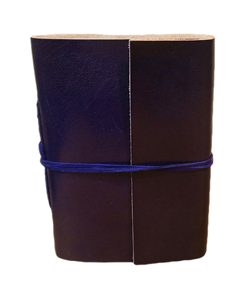 Slim Journal in purple leather with approx. 40 pages