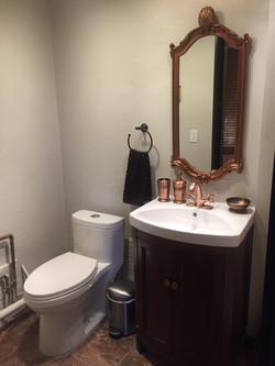 Copper_bathroom