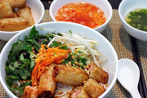Vietnamese Vermicelli with Fried Spring Rolls - 4 portions