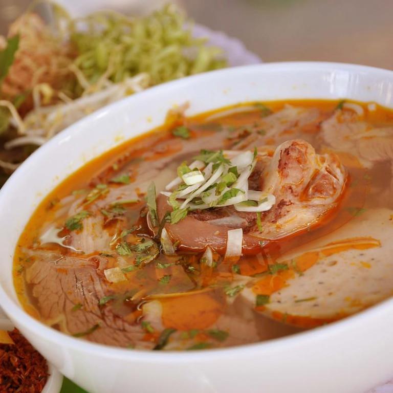 Hue Rice Vermicelli Soup with Ham &  Beef (Bún Bò Huế)