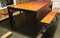 dinng room table