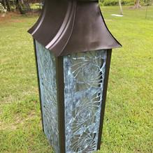 Solar light tower