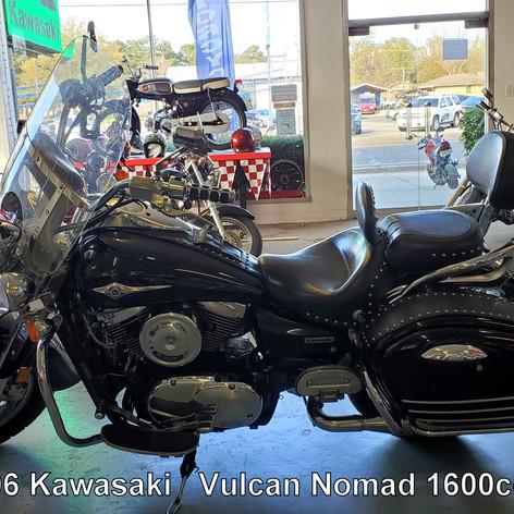 2005 Kawasaki Vulcan Nomad 1600cc   (088