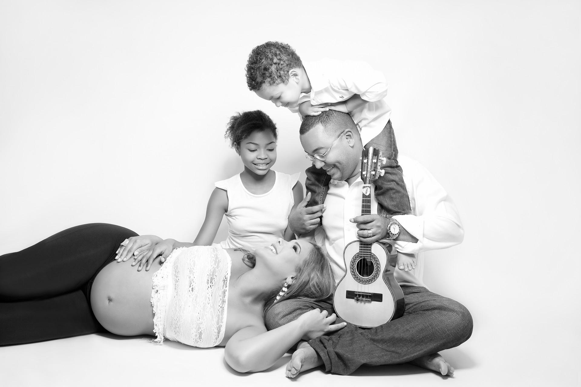 Cantor Dudu Nobre & Família