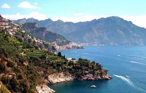 amalfi-coast-4815493_960_720_edited.jpg